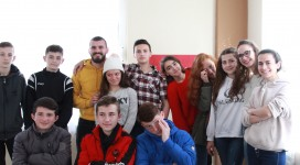 Teenager , yOUTH gROUP